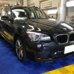 カーフィルム、BMW  X1 リア全面(10%)遮熱フィルム施工で入庫。