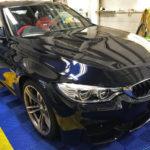 カーフィルム、BMW 3シリーズ リア全面(5%)遮熱フィルム施工で入庫。