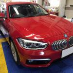 カーフィルム、BMW   1シリーズ フロント3面(88%ピュア)透明遮熱フィルム施工で入庫。