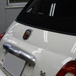 アバルト 595Cツーリズモ ラッピングフィルムで自分好みのカラーにカスタマイズ!
